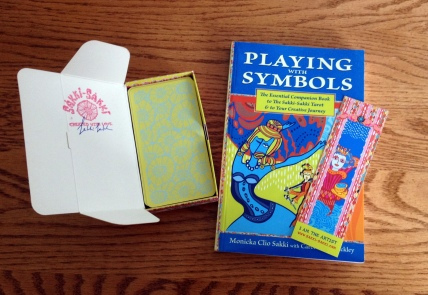The-Sakki-Sakki-Tarot-and-Book
